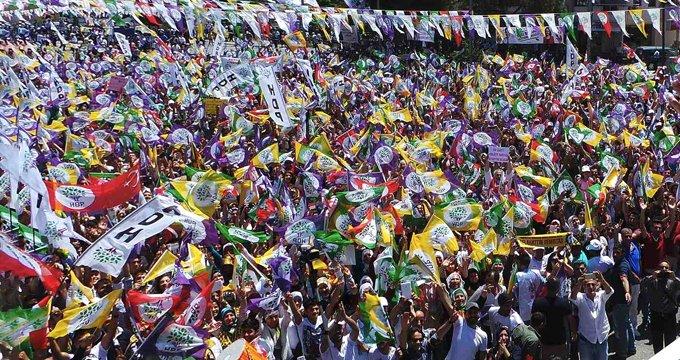 HDP, Diyarbakır dahil 20 ilde adayını açıkladı!