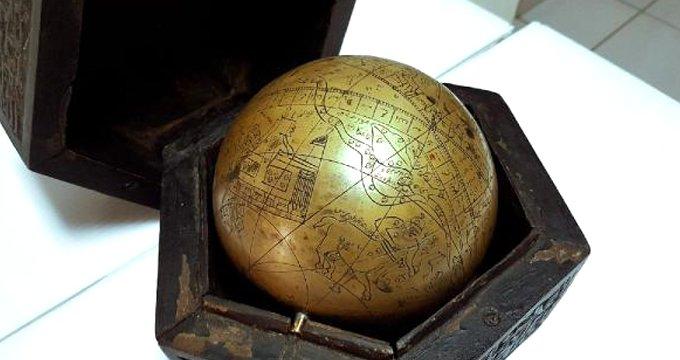 Osmanlı dönemine ait kehanet küresine 1 milyon dolar fiyat biçtiler