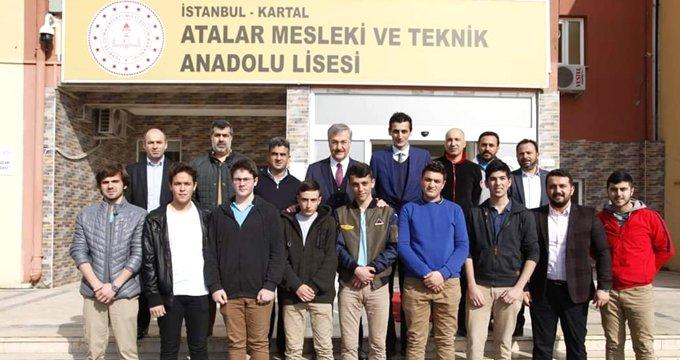 Seçim çalışması yapan AK Partili adayı, öğretmenler odaya sokmadı