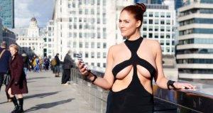 Kardashiana özendi! Dekolte elbisesini giyip sokakları talan etti