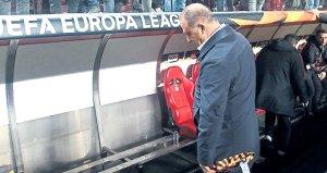 Benficalı yetkililerden büyük saygısızlık! Koltuk koymadılar