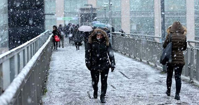 Meteoroloji'den uyarı üstüne uyarı! İstanbul'a kar geliyor