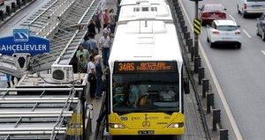 Metrobüs durağında yeni uygulama hayata geçti
