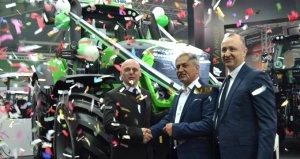 Türkiyenin en büyük traktörlerinden biri rekor fiyata satıldı