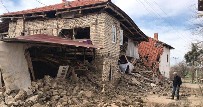 Diken üstündeki kentte bir deprem daha!
