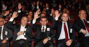 Galatasaray taraftarından büyük tepki: Liseci zihniyetiniz batsın