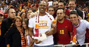 Galatasaray efsanesi hayatını kaybetti!
