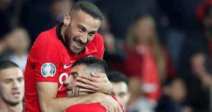 İngiltere 2 gol atan Cenk Tosunu konuşuyor