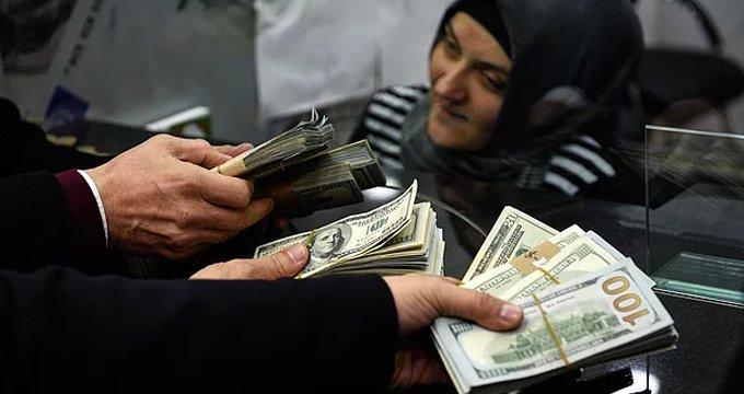 Vatandaşın seçimden sonra bozdurduğu dolar miktarı dudak uçuklattı