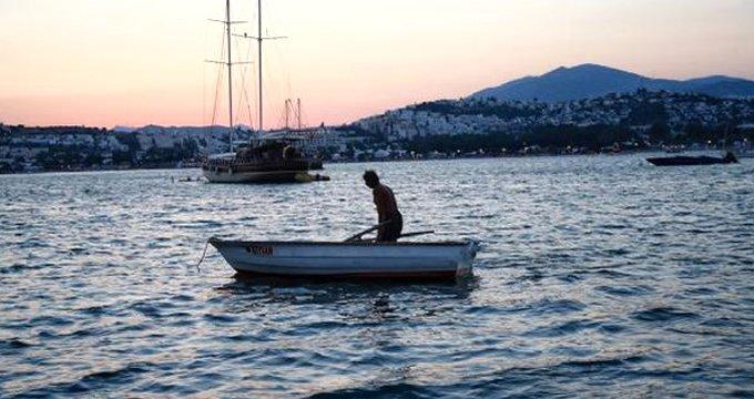 Bomba iddia! Yunan askerleri, Türk balıkçılara ateş açtı