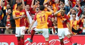 Galatasarayda flaş ayrılık! İmzayı attı