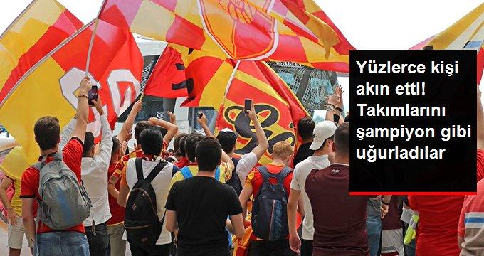 Göztepeli Taraftarlar, Takımlarını Bursa'ya Şampiyon Gibi Uğurladı