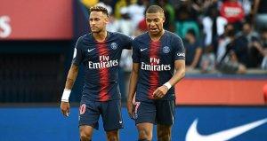 Paris Saint Germain resmi sitesinden duyurdu! Takımda kalacak