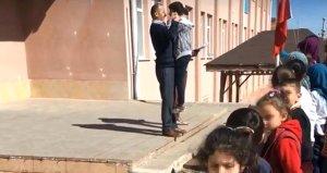 Öğrencileri döven okul müdürü hakkında karar verildi