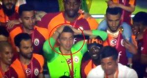 Hasan Şaş, Şampiyonluk Kutlamasında Yürekleri Ağza Getirdi