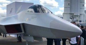 Paris Havacılık Fuarında milli savaş uçağı rüzgarı esti