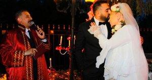 36 saat önce evlendiği eşinin dolandırıcı olduğu iddia edilen Zerrin Özer cephesinden ilk açıklama