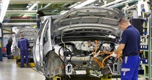 Fiat Chrysler ile Renaultnun birleşme müzakereleri yeniden gündemde