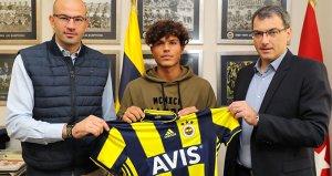 Fenerbahçe Altyapı Teknik Sorumlusu David Badia görevinden ayrıldı