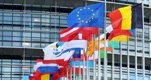 ABnin Türkiyeye yönelik yaptırım kararına Yunanistantan yorum