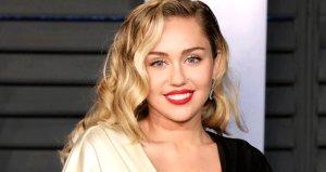 Güzel şarkıcı Miley Cyrus, twerk dansıyla takipçilerinin nefesini kesti