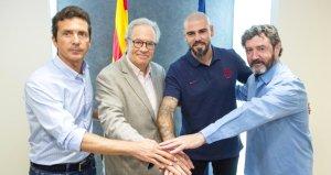 Victor Valdes, Barcelona U19 takımının yeni teknik direktörü oldu