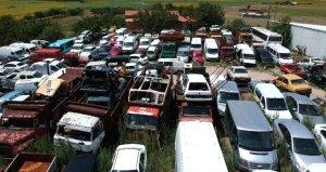 Yediemin otoparkları doldu, araçlar üst üste konmaya başladı