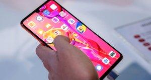 Huawei telefonlar Android ile yoluna devam edecek