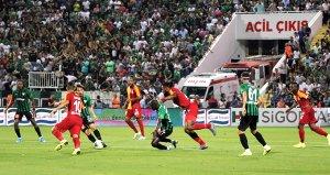 Galatasaray transferde artıya geçemezse, Luyindama Şampiyonlar Liginde oynayamayacak