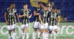 Fenerbahçe son saniye golüyle Başakşehiri 2-1 mağlup etti