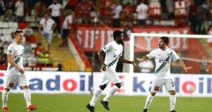 Denizlispor, Antalyasporu 2-0 ile geçti!