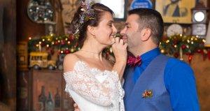 Ceyda Düvenci ve Bülent Şakraktan dudak dudağa doğum günü kutlaması
