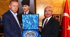 Mardine kayyum atanan Yamanın, Erdoğan ve bakanlara 600 bin liralık hediye aldığı ortaya çıktı