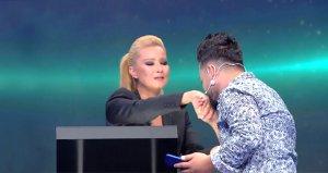 Müge Anlı öyle bir sevap işledi ki yarışmacı elini öptü!