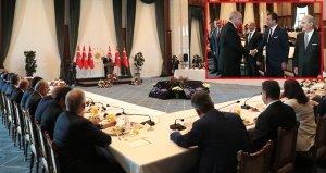 İmamoğlunun kırılan sandalyesi Abdullah Gül zamanında alınmış
