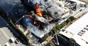 Tuzlada yanan polyester fabrikasının sahiplerinden açıklama geldi