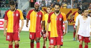 Galatasarayda Selçuk İnan ve Feghouli, Malatyaspor kadrosuna alınmadı