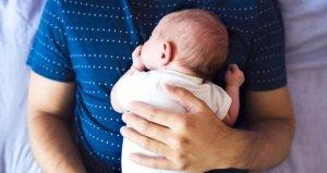Türkiyede bir ilk! Teknoloji firması erkek çalışanlara 6 ay babalık izni verdi