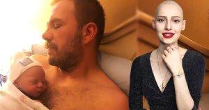 Tolga Karel üçüncü kez baba olduğunu Neslicanın fotoğrafını paylaşarak duyurdu
