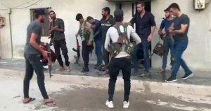 Suriye'de YPG'li teröristlerin sivil kıyafet oyunu kamerada
