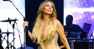 Şarkıcı Linet, konserinde yaptığı kalça dansıyla izleyenleri mest etti