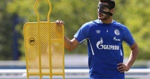 Ozan'ın formasını giydiği Schalke'den asker selamı açıklaması