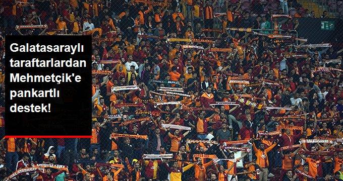Galatasaraylı taraftarlardan Mehmetçik e pankartlı destek!
