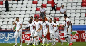 Gençlerbirliği deplasmanda Antalyayı 6-0 mağlup etti