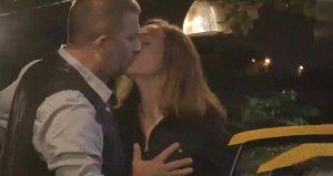 Mesut ile Serayın öpüşme sahnesi Arka Sokaklara damga vurdu