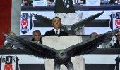 Ahmet Nur Çebi aracı güne damga vurdu!