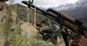 Teröristler yine sivilleri hedef aldı! İşçileri taşıyan araca saldırı