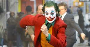 Joker filminde başrolün dans ettiği merdivenler selfie akınına uğradı
