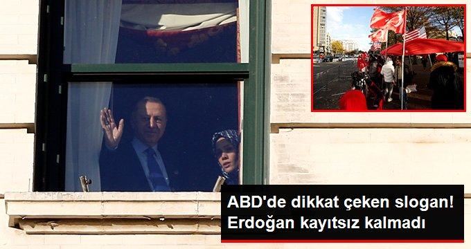 Cumhurbaşkanı Erdoğan, ABDde kaldığı otelin önüne gelen vatandaşları selamladı