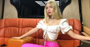 Şarkıcı Aleyna Tilki, kız kardeşini dudaktan öptüğü anların videosunu yayınladı